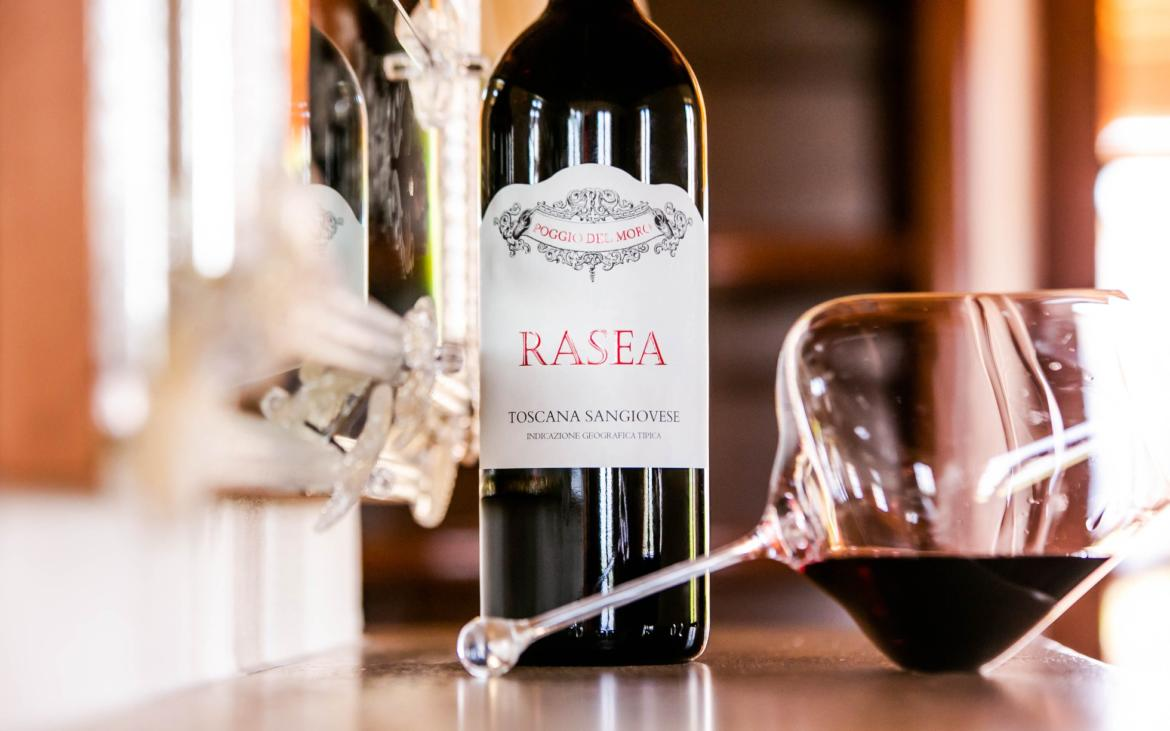 OUR RED WINES: RASEA, THE GEM OF POGGIO DEL MORO
